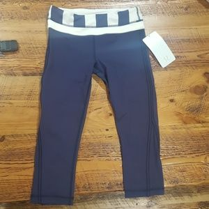Medium rise crop work out pants